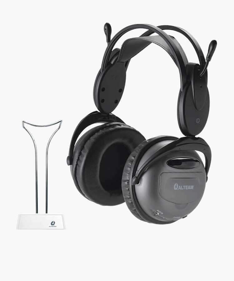 RFD-882W_tv-headphones-for-hearing-impaired-1