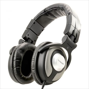 Circumaural Headphones